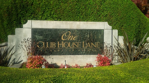 One Club House Lane