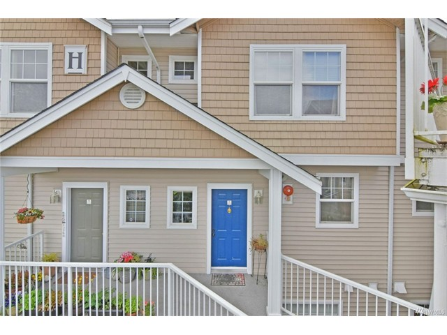 Whether buying or selling in Nantucket call the Harbour Pointe Home Team at 206-445-8034